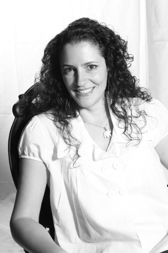 Débora Bz Brandão foto alta